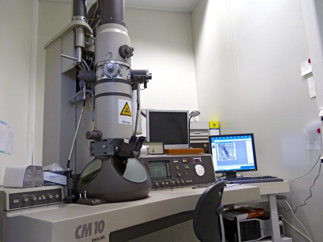 Philips-CM-10-LaB6